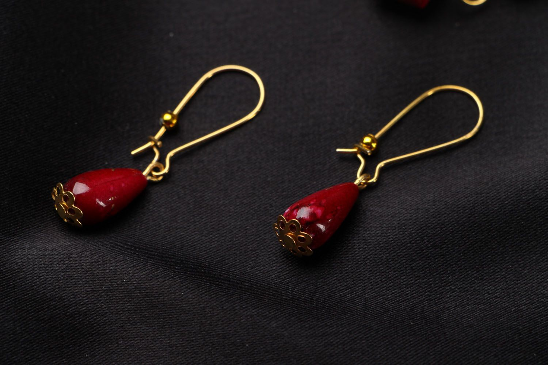 Acrylic earrings and bracelet photo 2