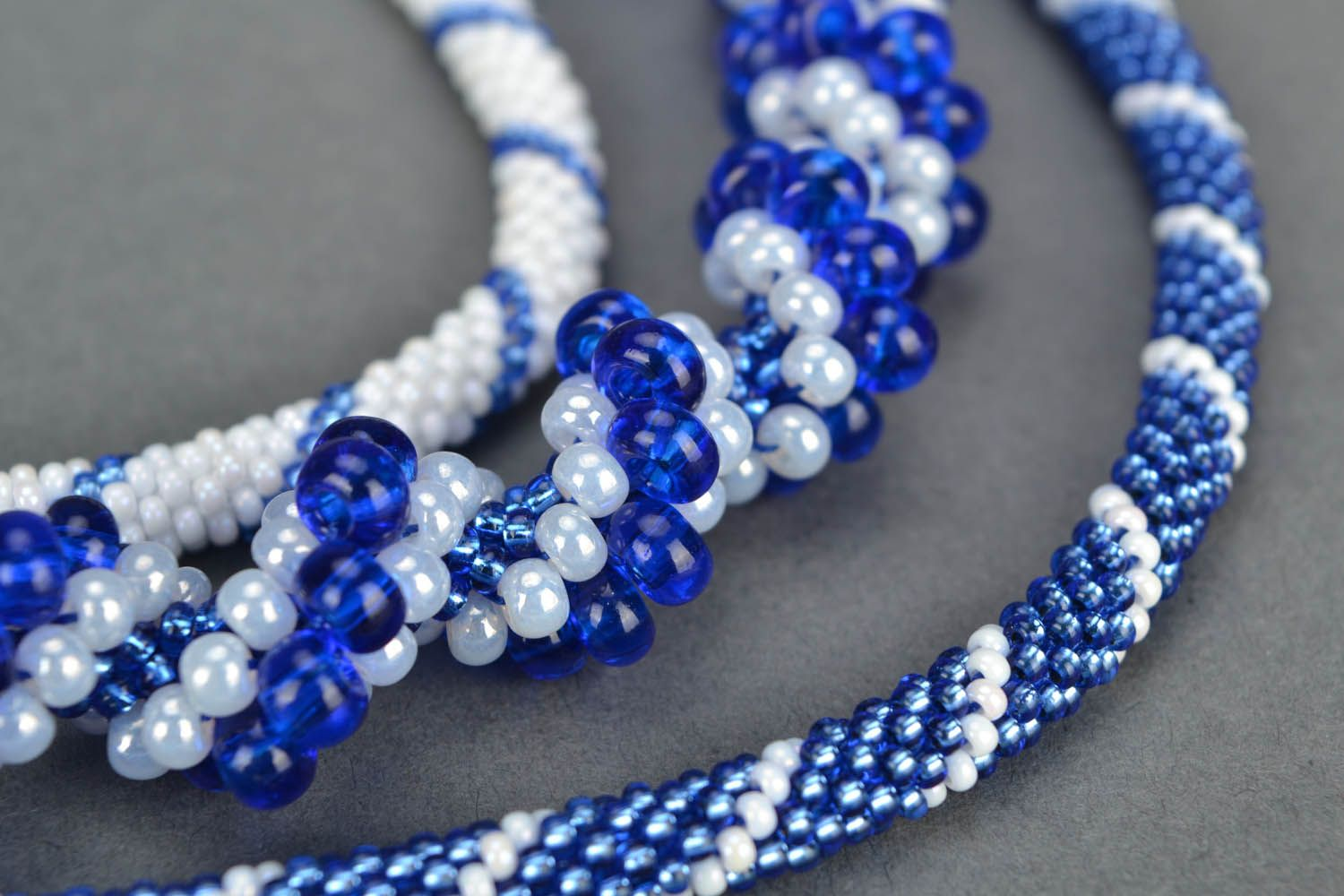 Beaded necklace Rime photo 4