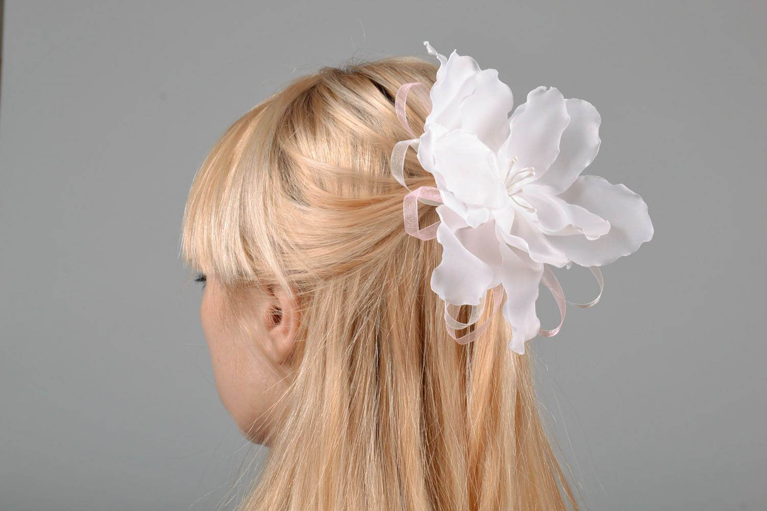 Flower hair clip made of satin ribbons photo 1