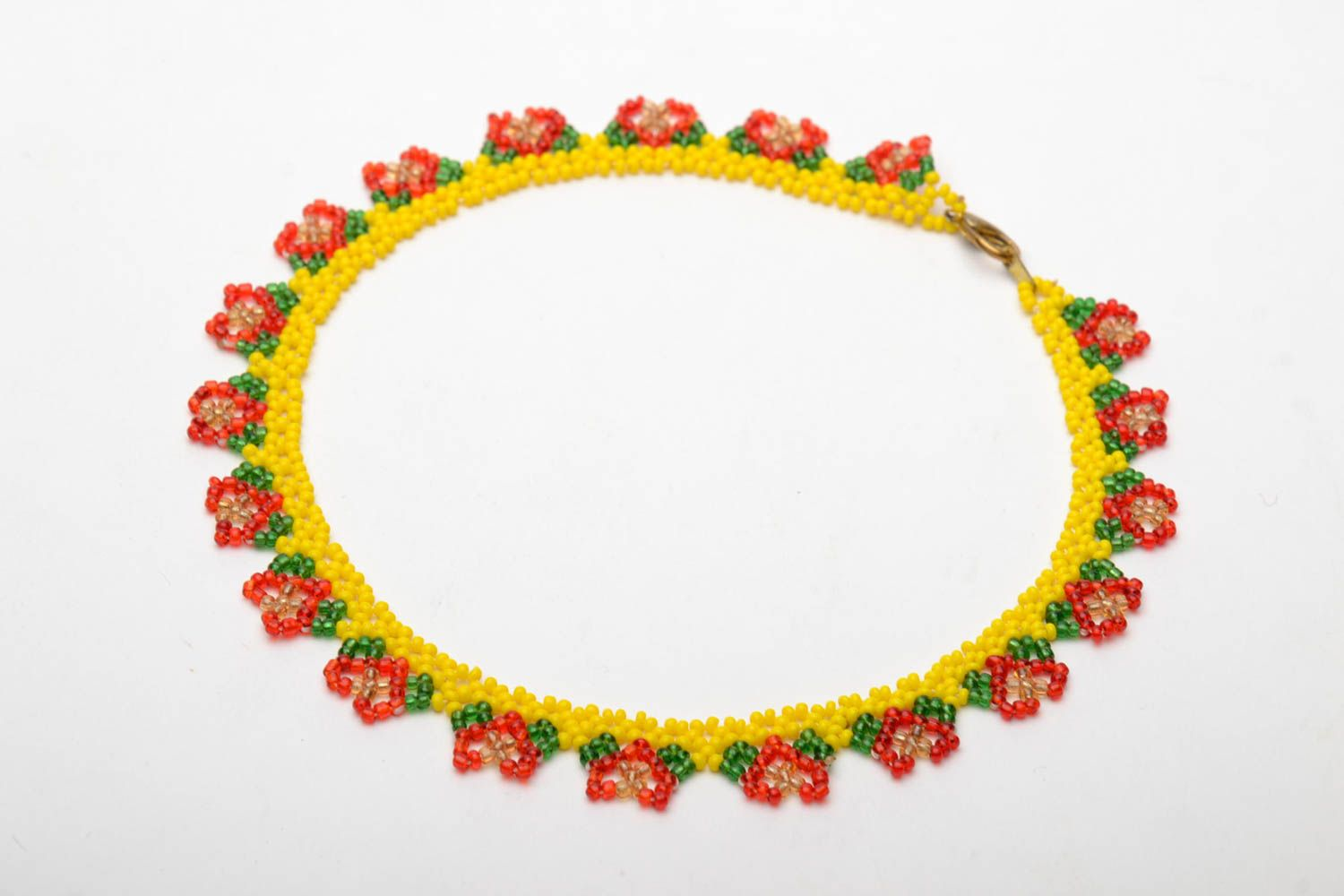 Bright beaded necklace photo 3