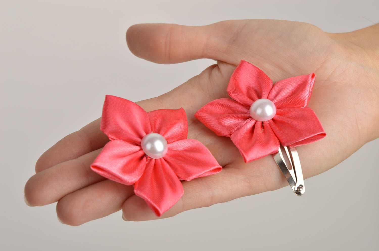 Beautiful handmade hair clip 2 pieces flowers in hair designer hair accessories photo 2
