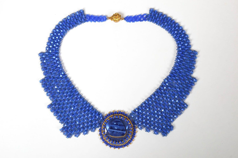 Blaues Collier aus Glasperlen foto 2
