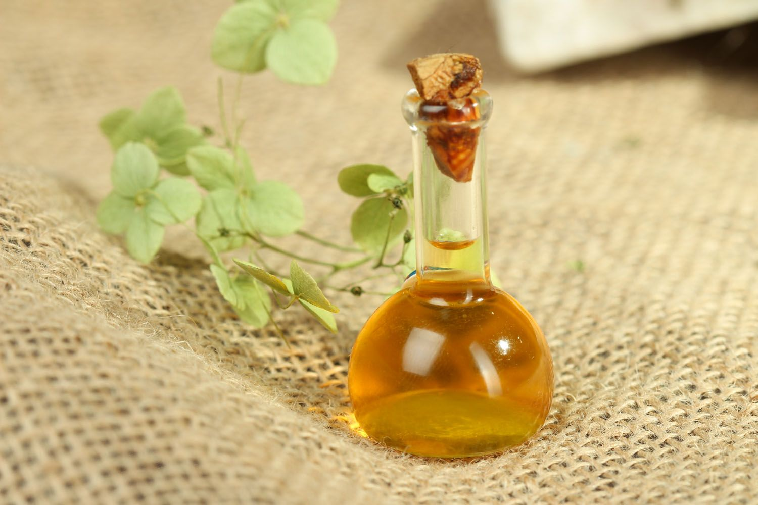 Oil perfume with amber notes photo 4