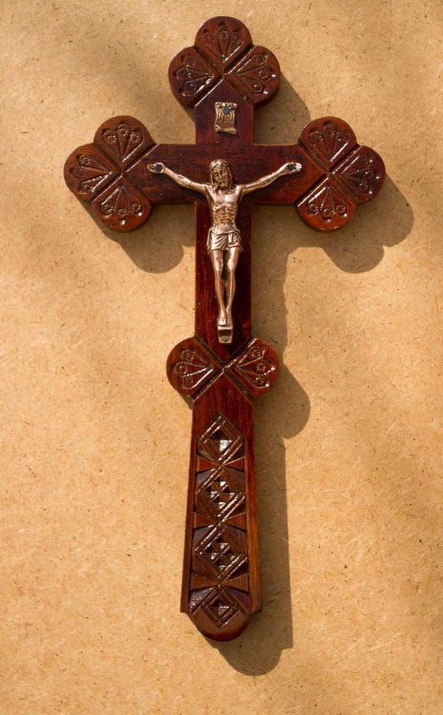 пеликана, католический крест фото можете купить