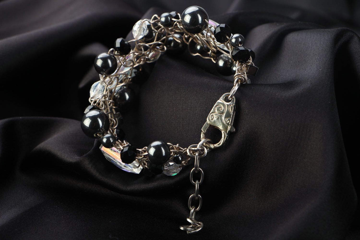 Unusual bracelet with natural stones photo 3