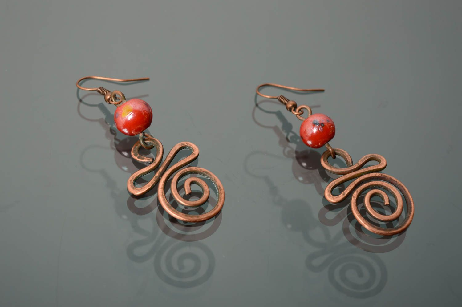 Handmade copper earrings with Indian beads photo 1