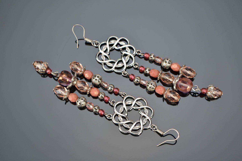 Long metal and glass earrings photo 1