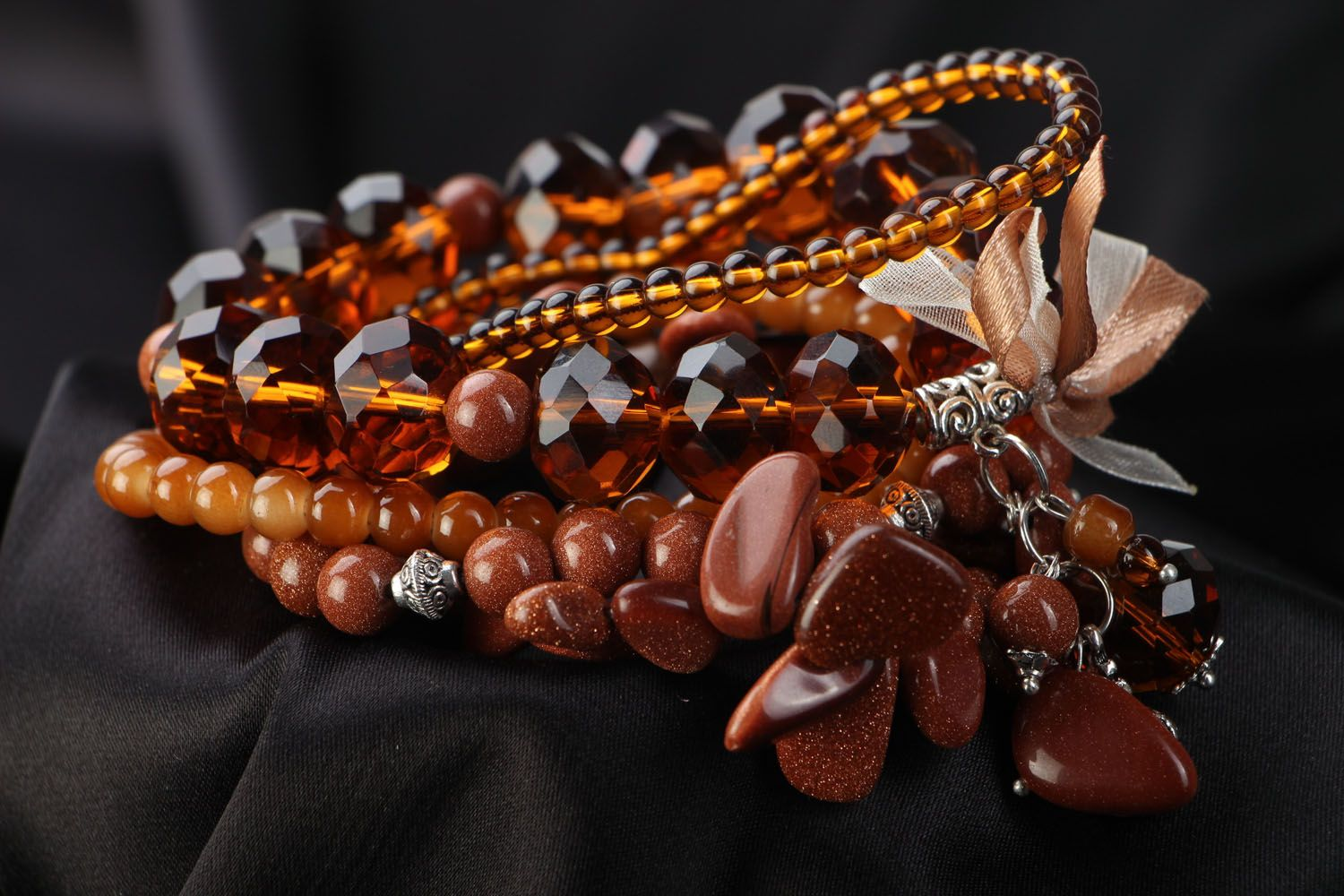 Set of women's bracelets with natural stones photo 3