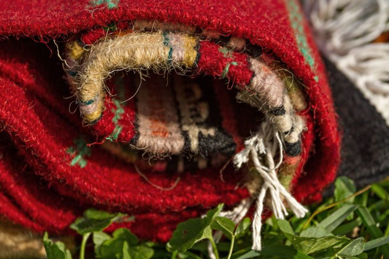 Homespun carpet - MADEheart.com