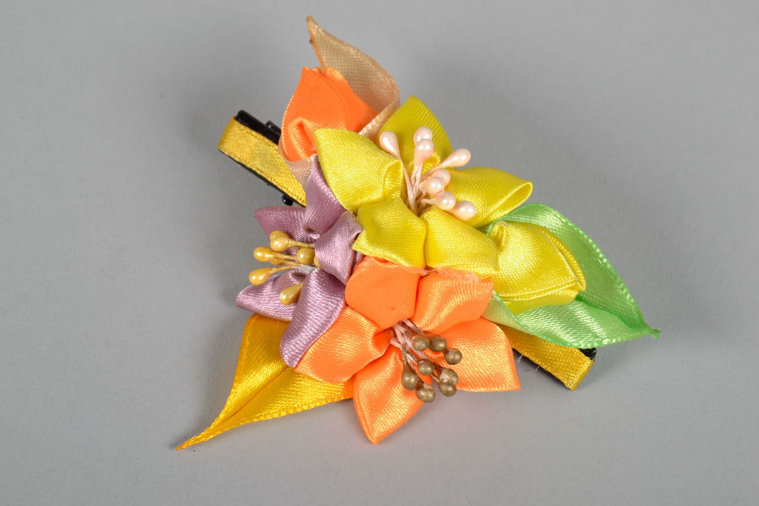 Hair clip with flowers photo 3