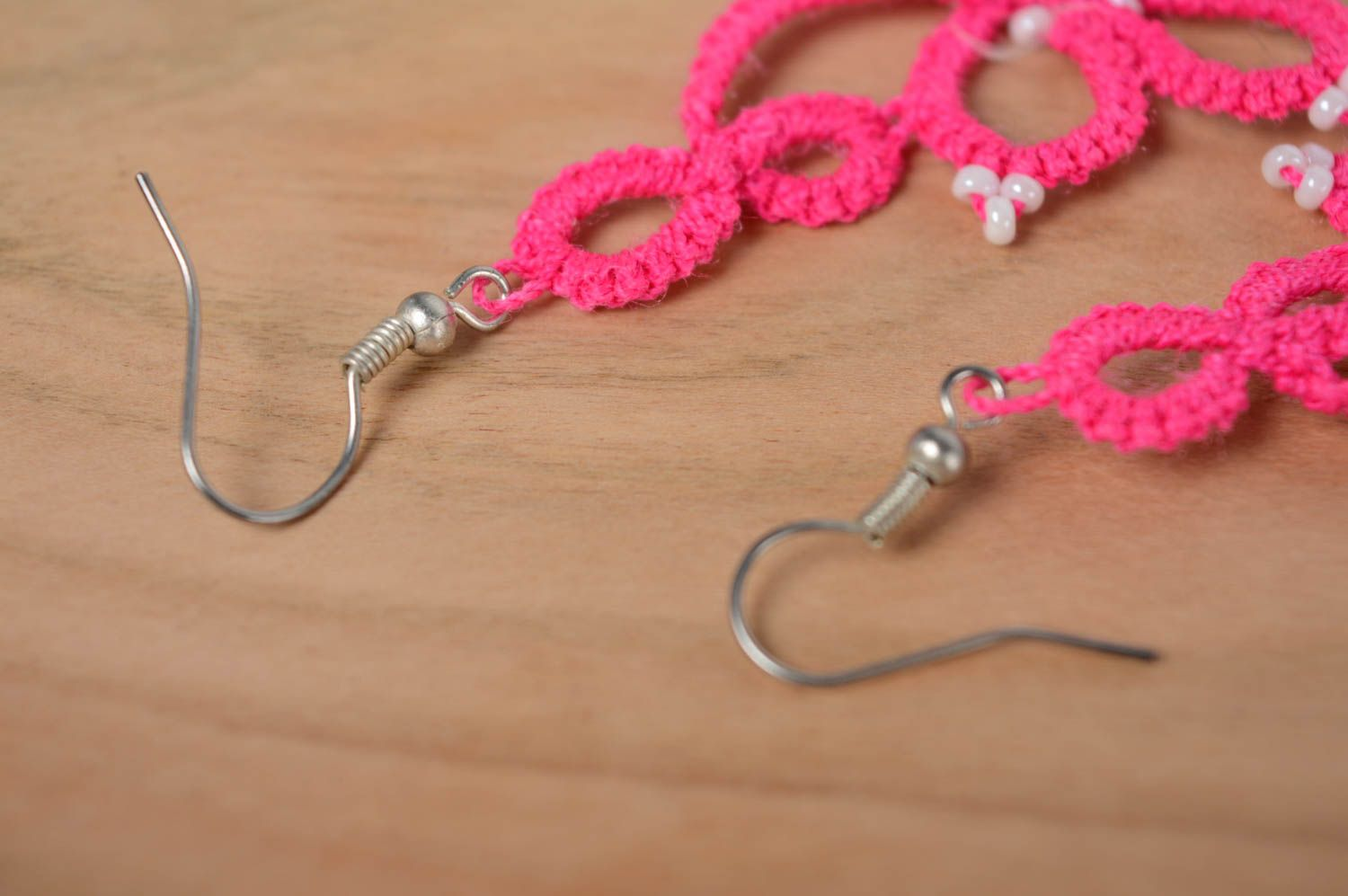Pink woven earrings photo 5