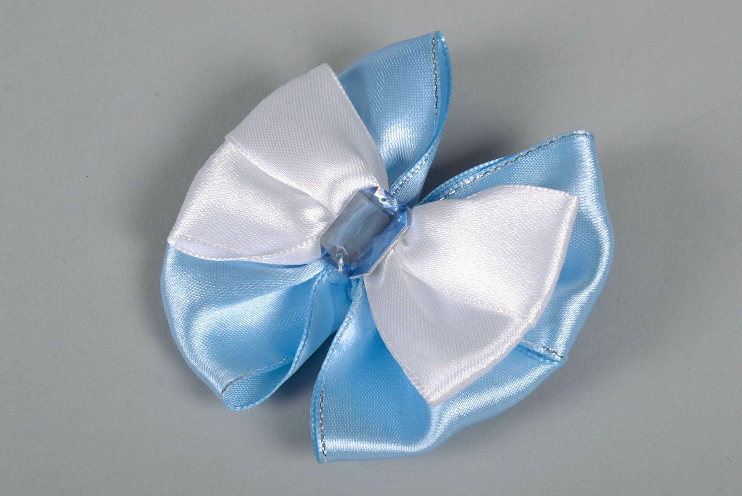 Satin bow hair clip photo 3