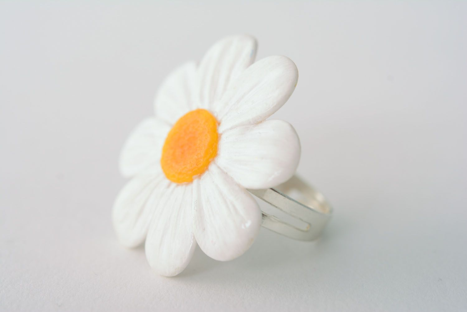 Polymer clay flower ring photo 1