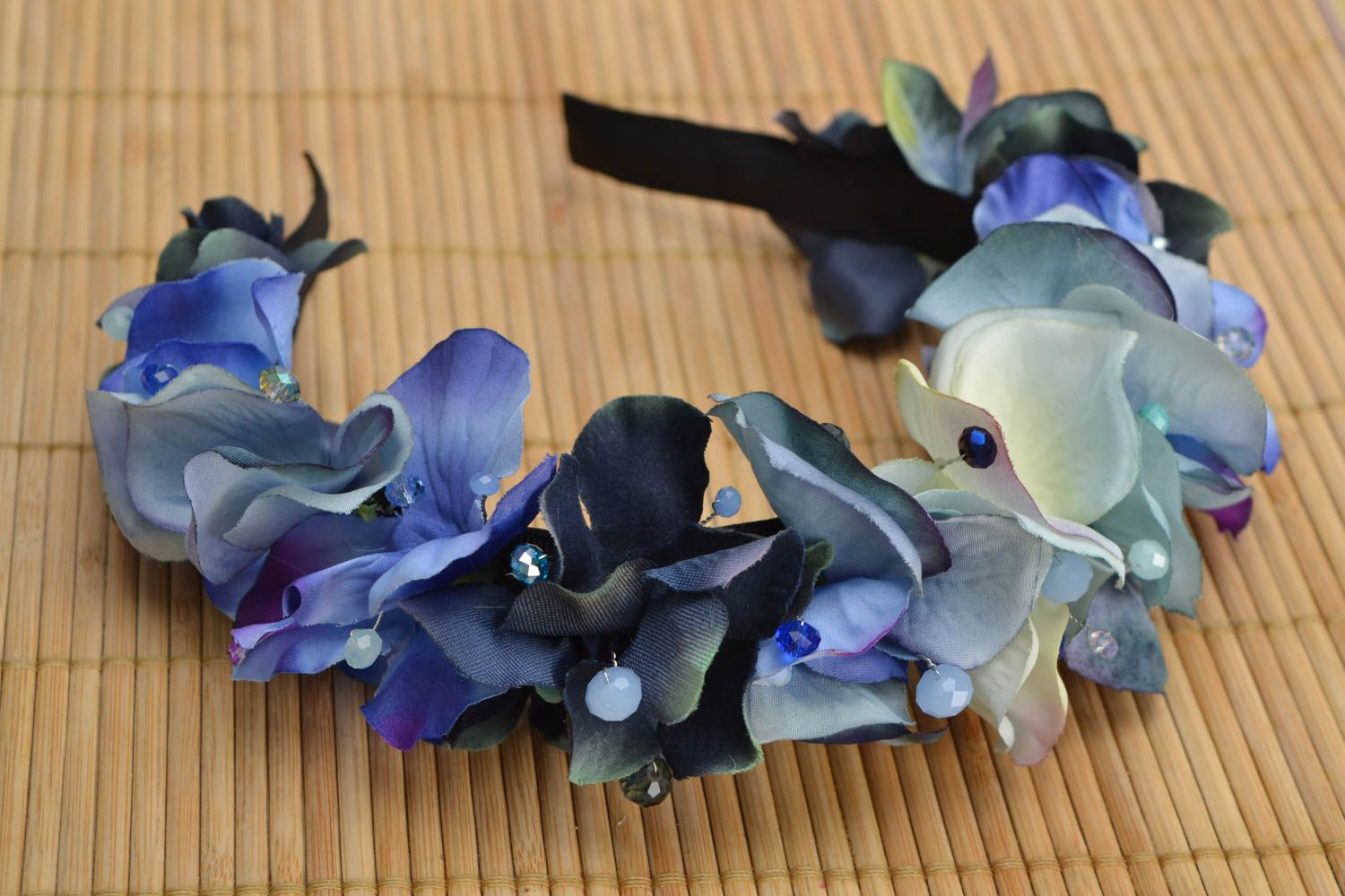 Headband with artificial flowers Violets photo 1