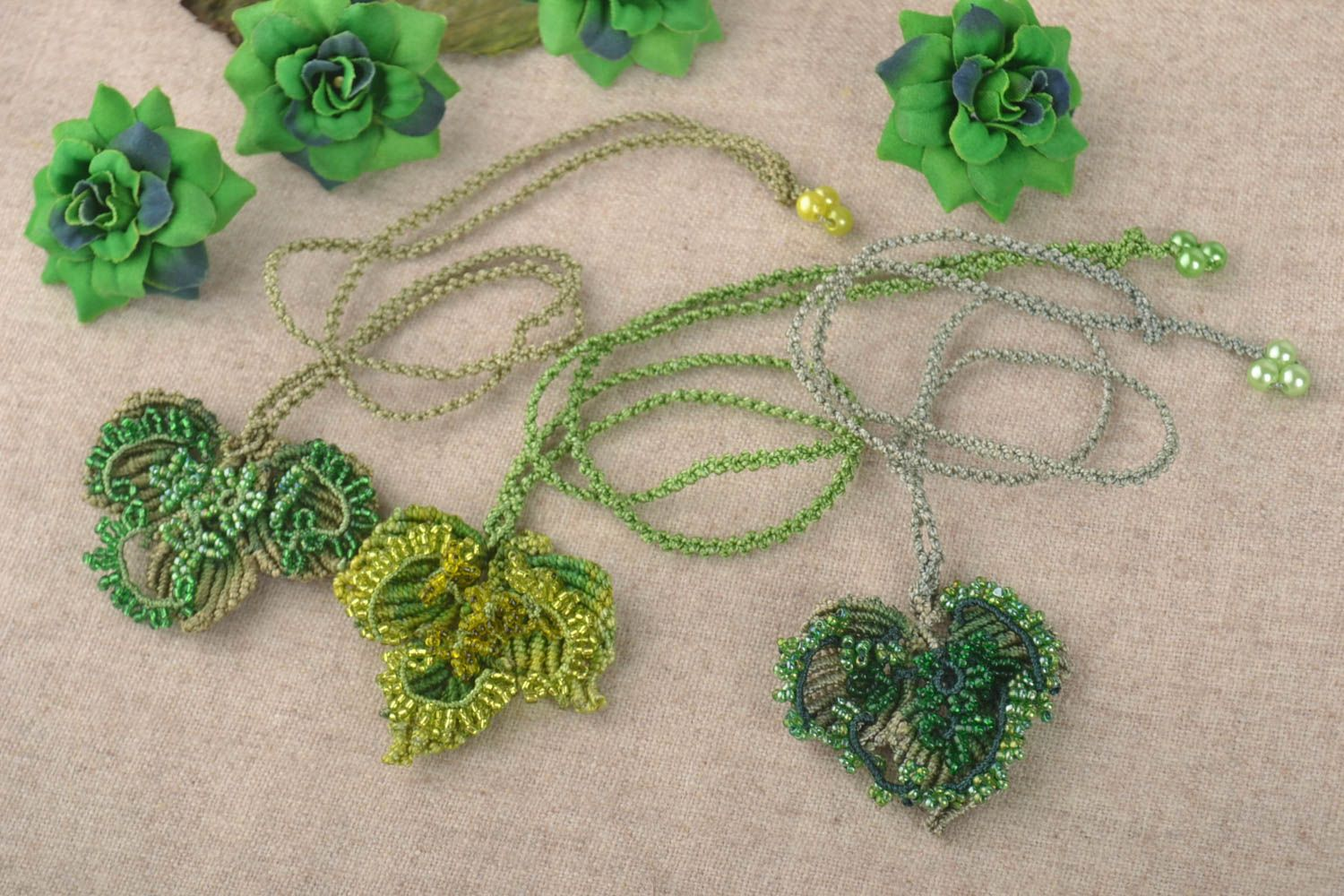 Handmade jewelry set 3 beaded necklaces macrame jewelry fashion accessories photo 1