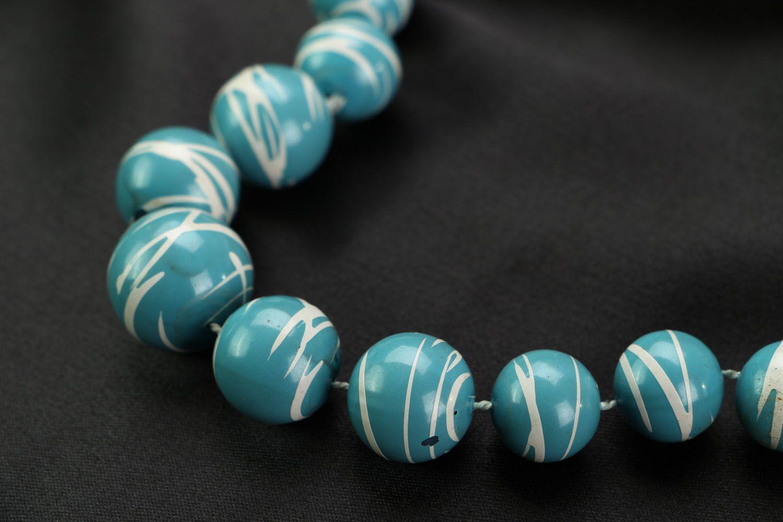 Blue bead necklace photo 3