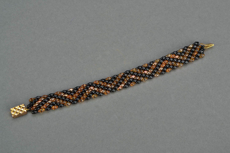 Beaded bracelets with a geometrical pattern photo 2