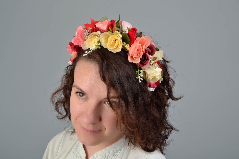 Венок на голову ручной работы с цветами Розы фото 2