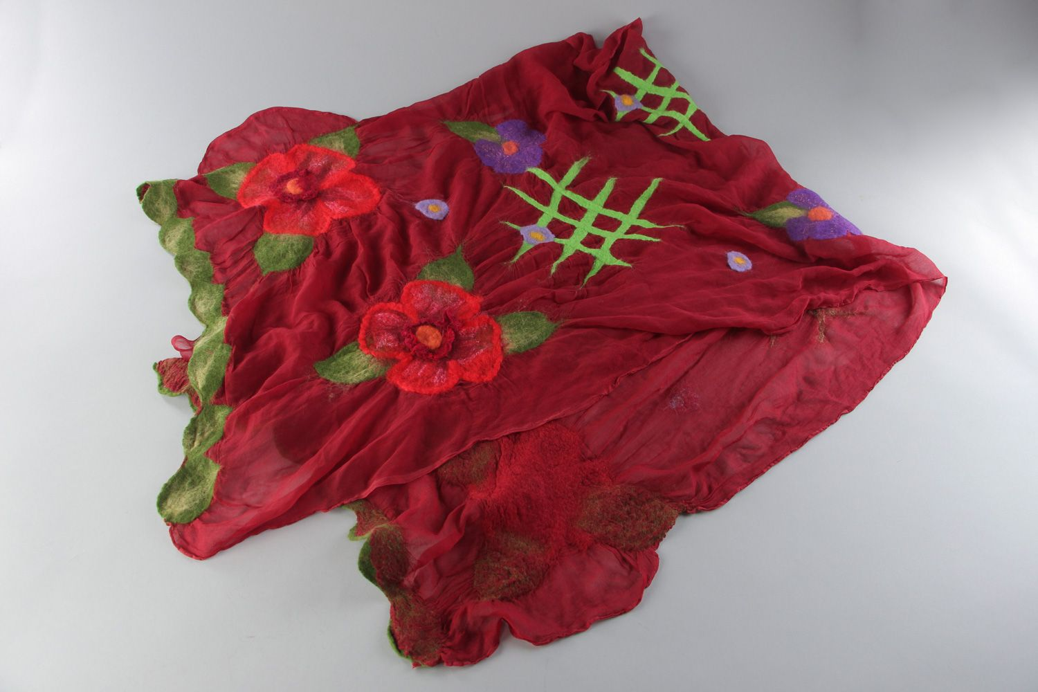 Women's felted shawl hand made of silk and wool of claret color photo 1