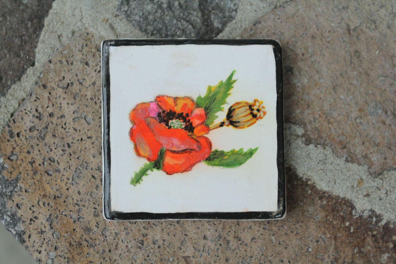 Homemade ceramic fridge magnet Poppy photo 1