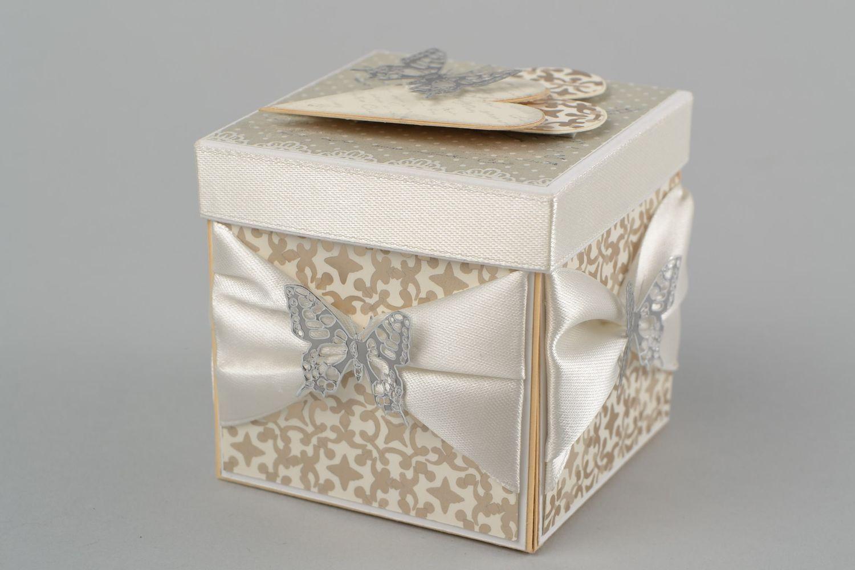Madeheart caja de regalo para bodas hecha a mano for Regalos para hombres boda