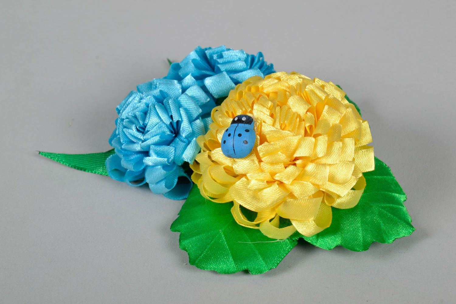 Large hair clip with flowers photo 2