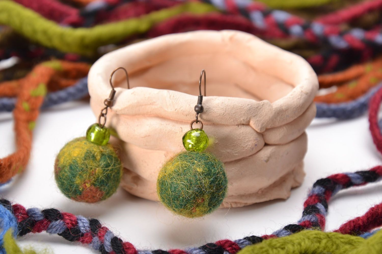 Wool earrings photo 1