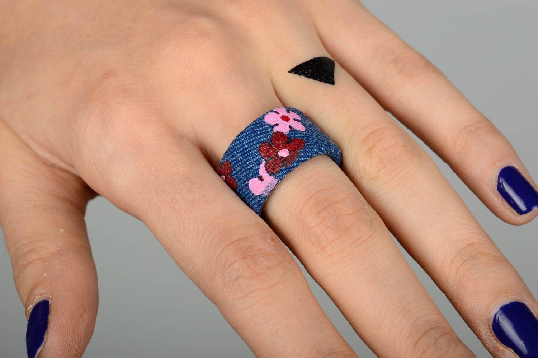 madeheart bague fantaisie fait main bijoux femme en tissu de jean cadeau original fleurs. Black Bedroom Furniture Sets. Home Design Ideas