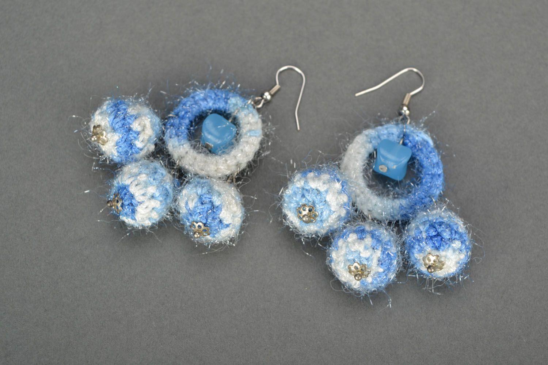 Brincos de malha artesanais ornados com gancho com pingentes Inverno foto 3