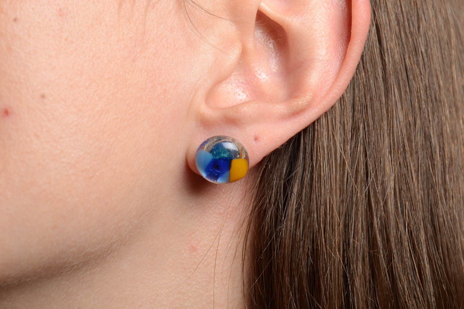 stud earrings Designer earrings made of fusing glass handmade round-shaped beautiful accessory - MADEheart.com
