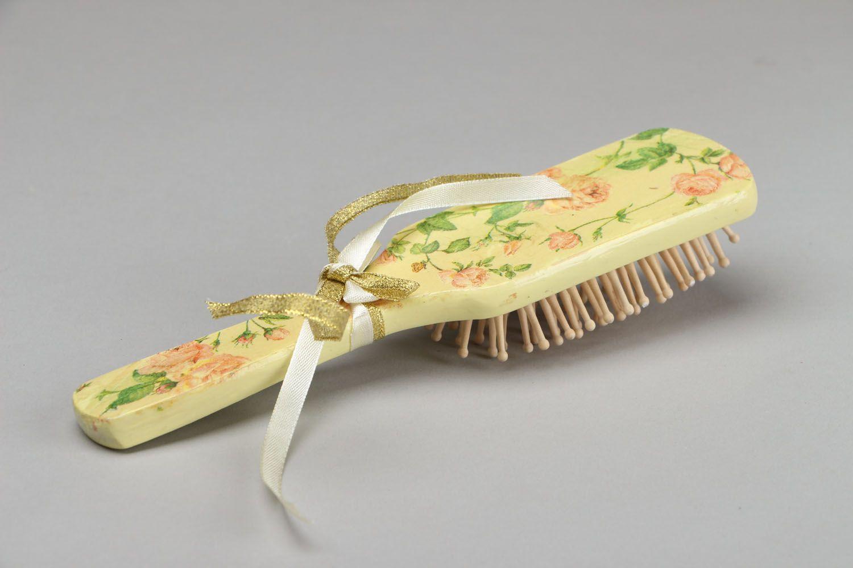 Milchweiße Haarbürste aus Holz foto 3