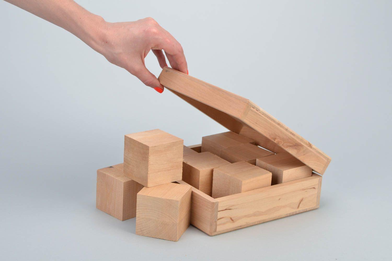 madeheart holz schatulle und holz bausteine zum bemalen oder decoupage erlenholz handgemacht. Black Bedroom Furniture Sets. Home Design Ideas