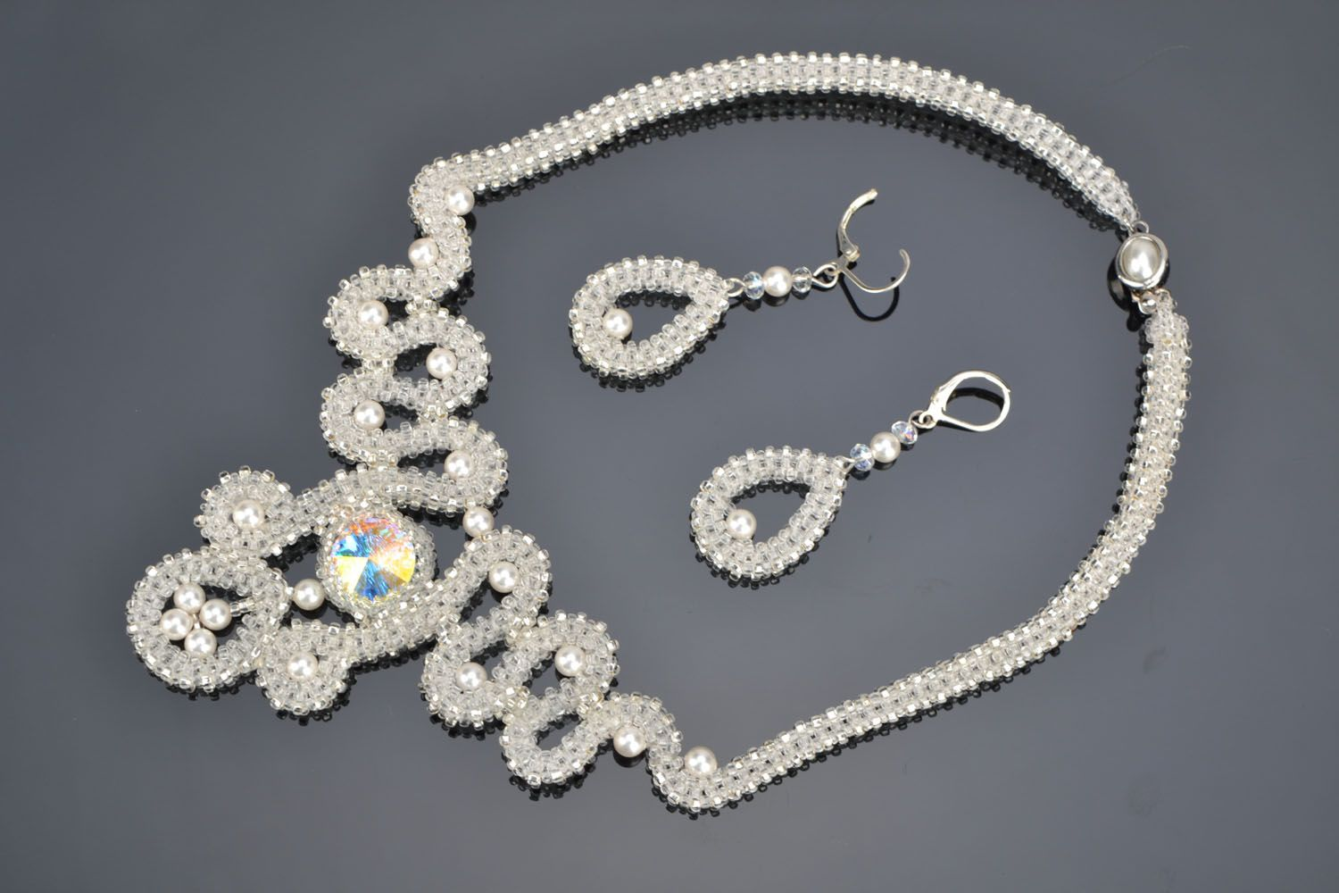 Earrings and necklace with beads and crystals photo 1