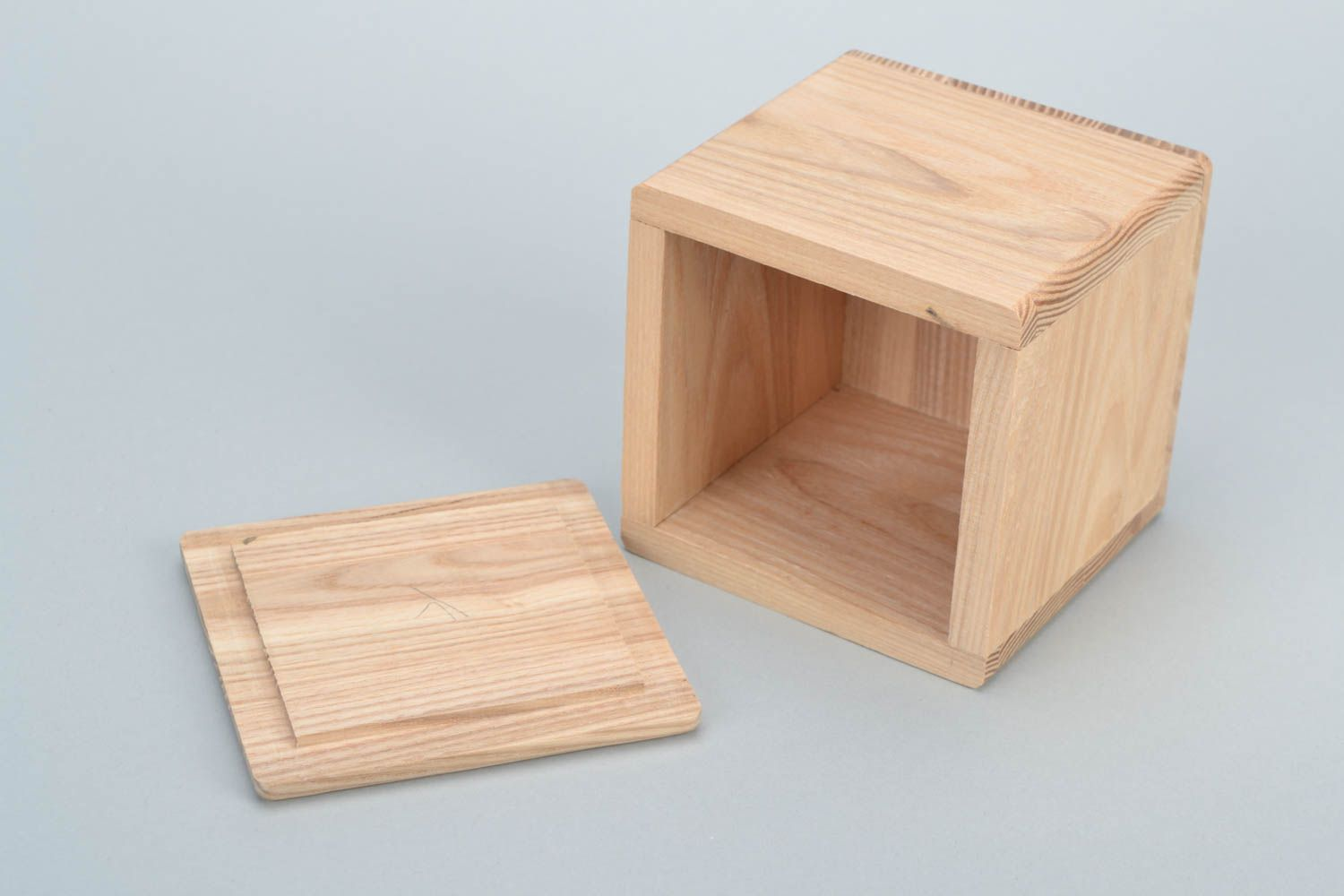 boxes Personalised gift, Handmade natural wooden square jewelry box craft blank for creative work - MADEheart.com