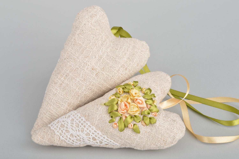 Set of 2 handmade flavored fabric interior hanging hearts sachet pillows photo 5