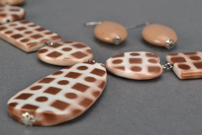 Unusual jewelry set with beads photo 4