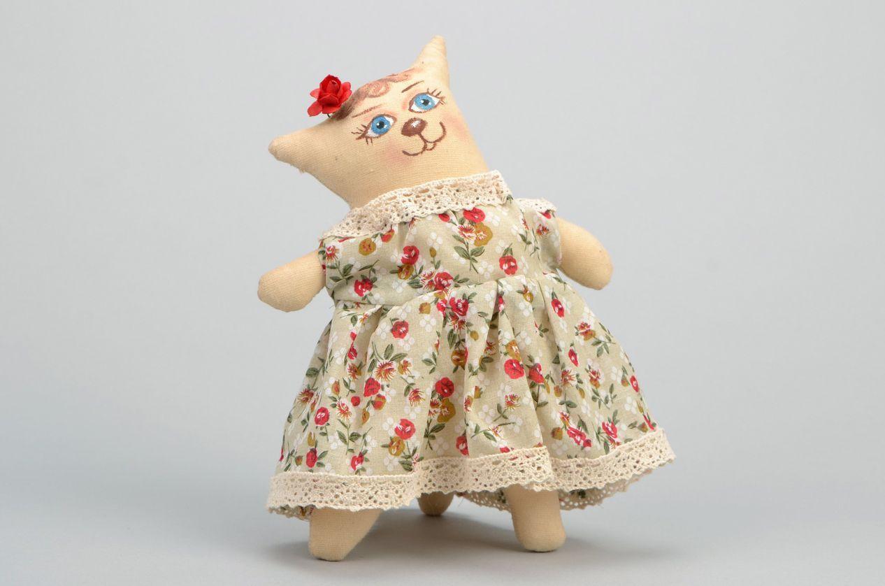 Toy Cat photo 3