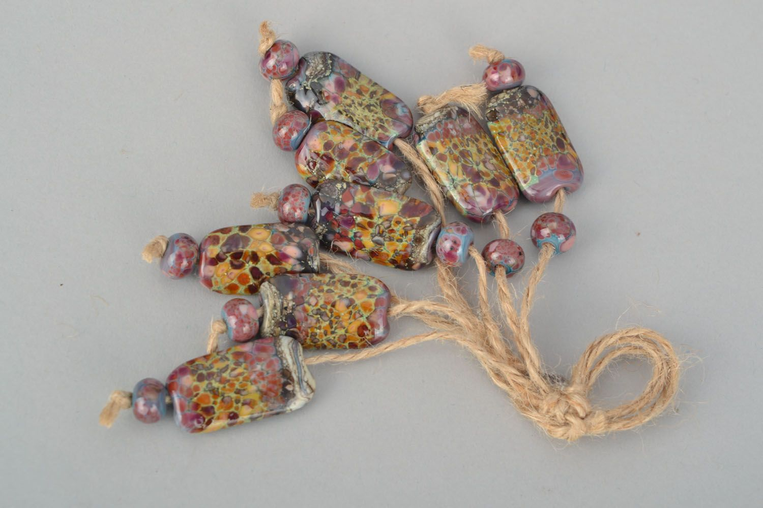 Set of glass beads photo 1
