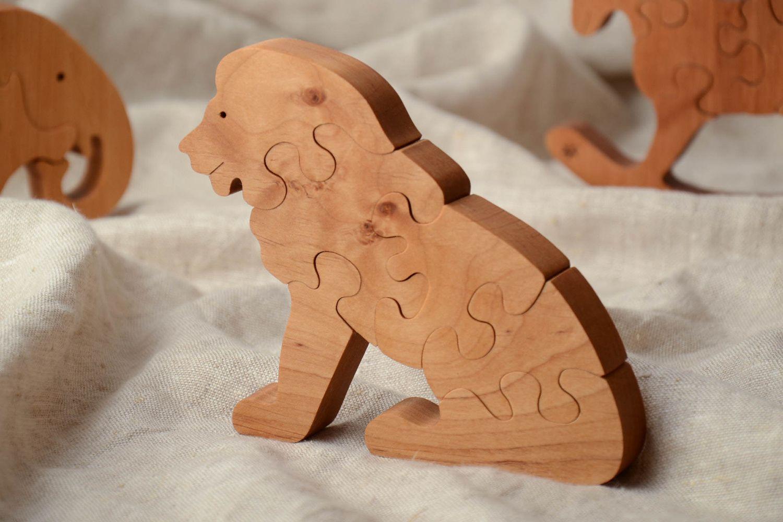 Картинка деревянного льва