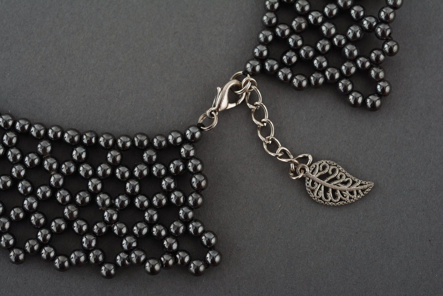 Necklace made of hematite beads photo 3