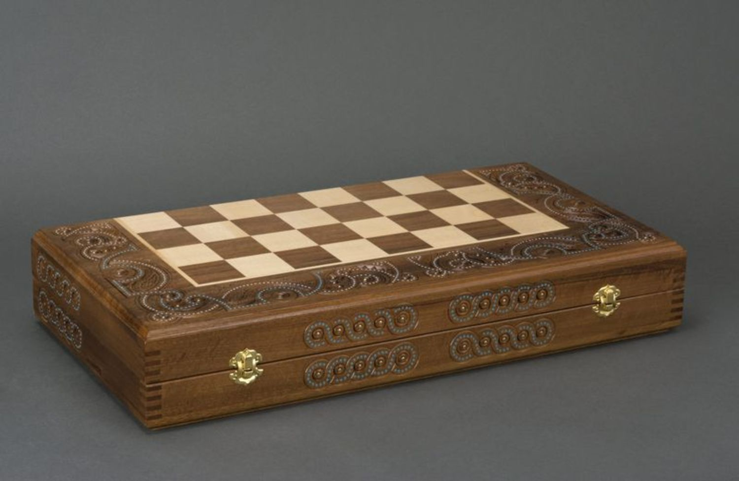 Wooden chess and backgammons photo 4