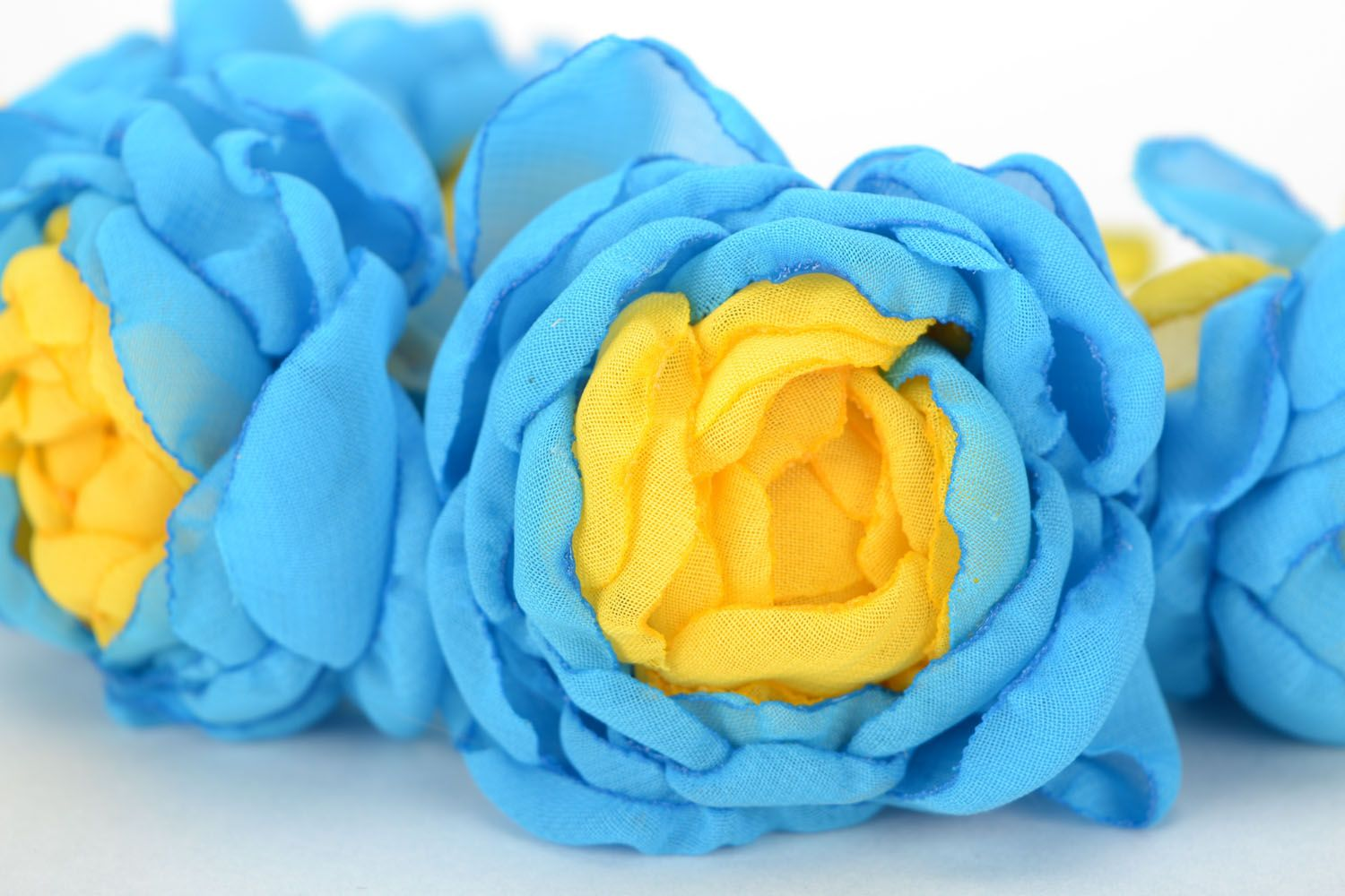 Floral headband Roses of Ukraine photo 4