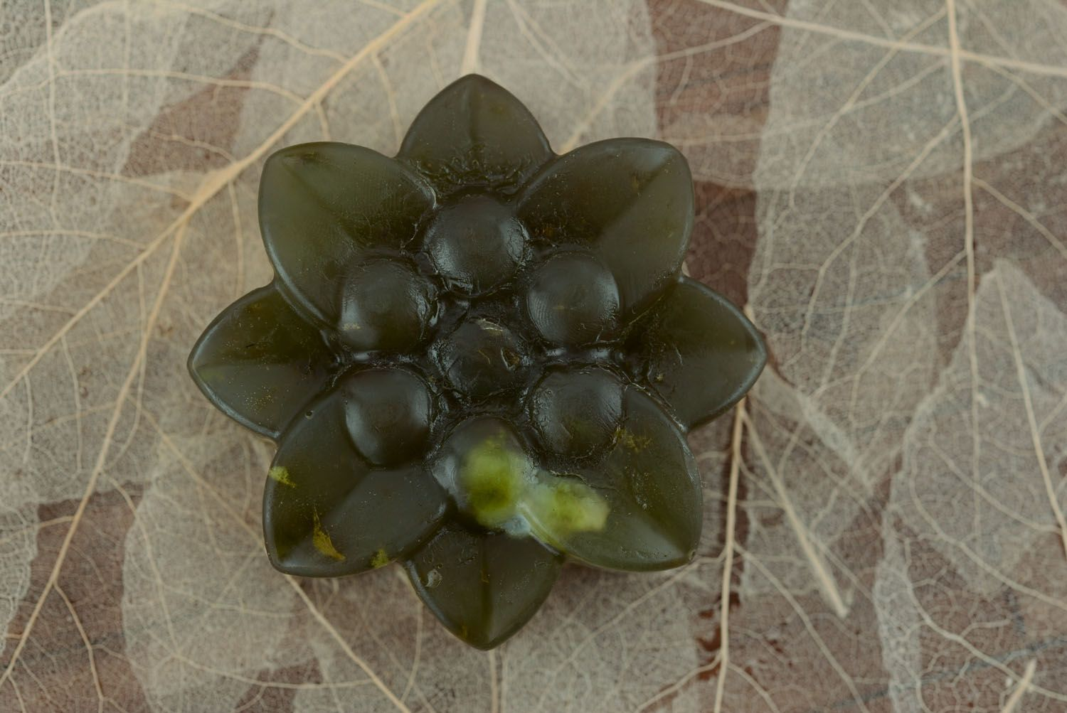 Soap with nettle and wheat gems oil photo 3