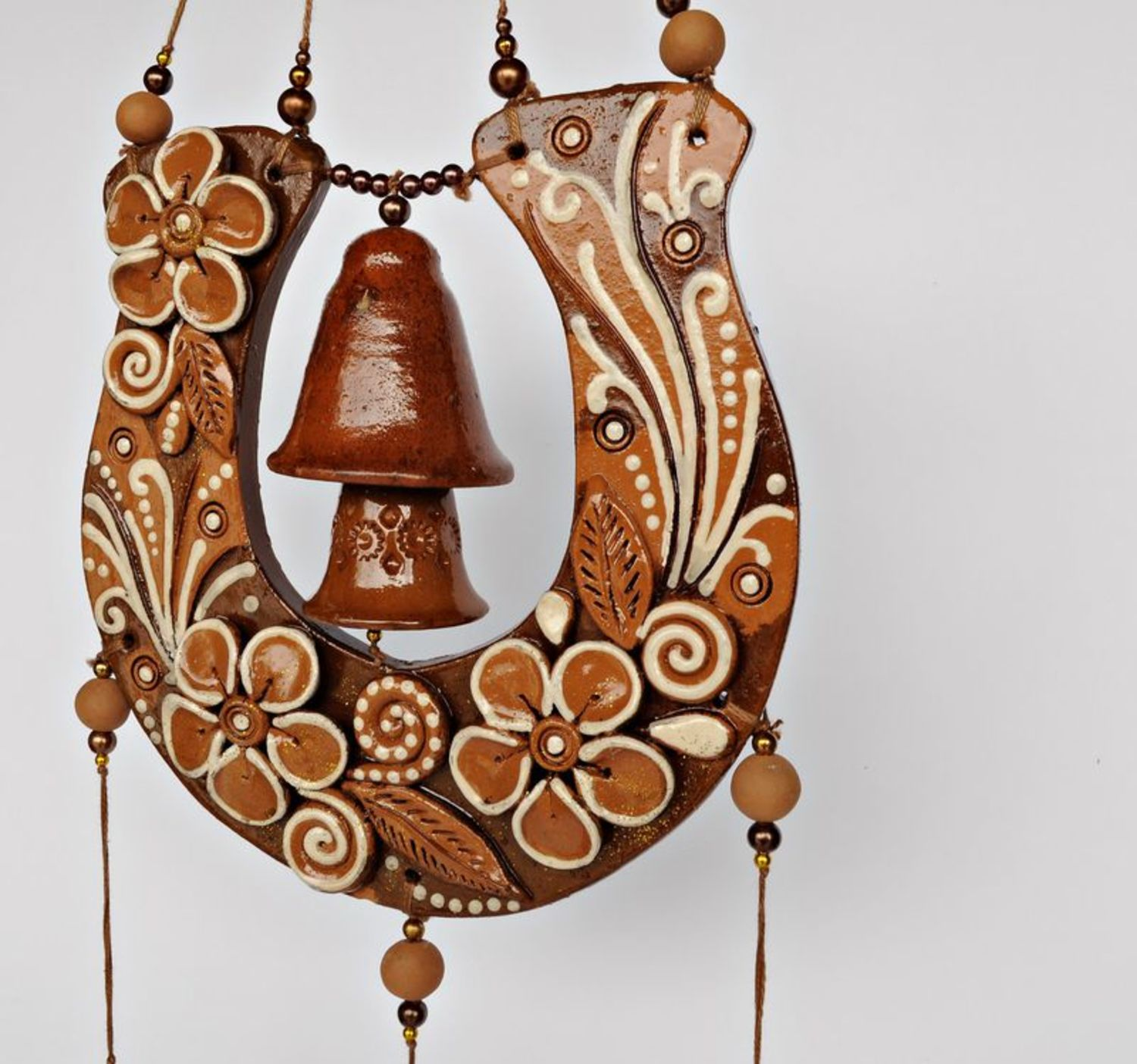 Interior pendant with a horseshoe and bells photo 2