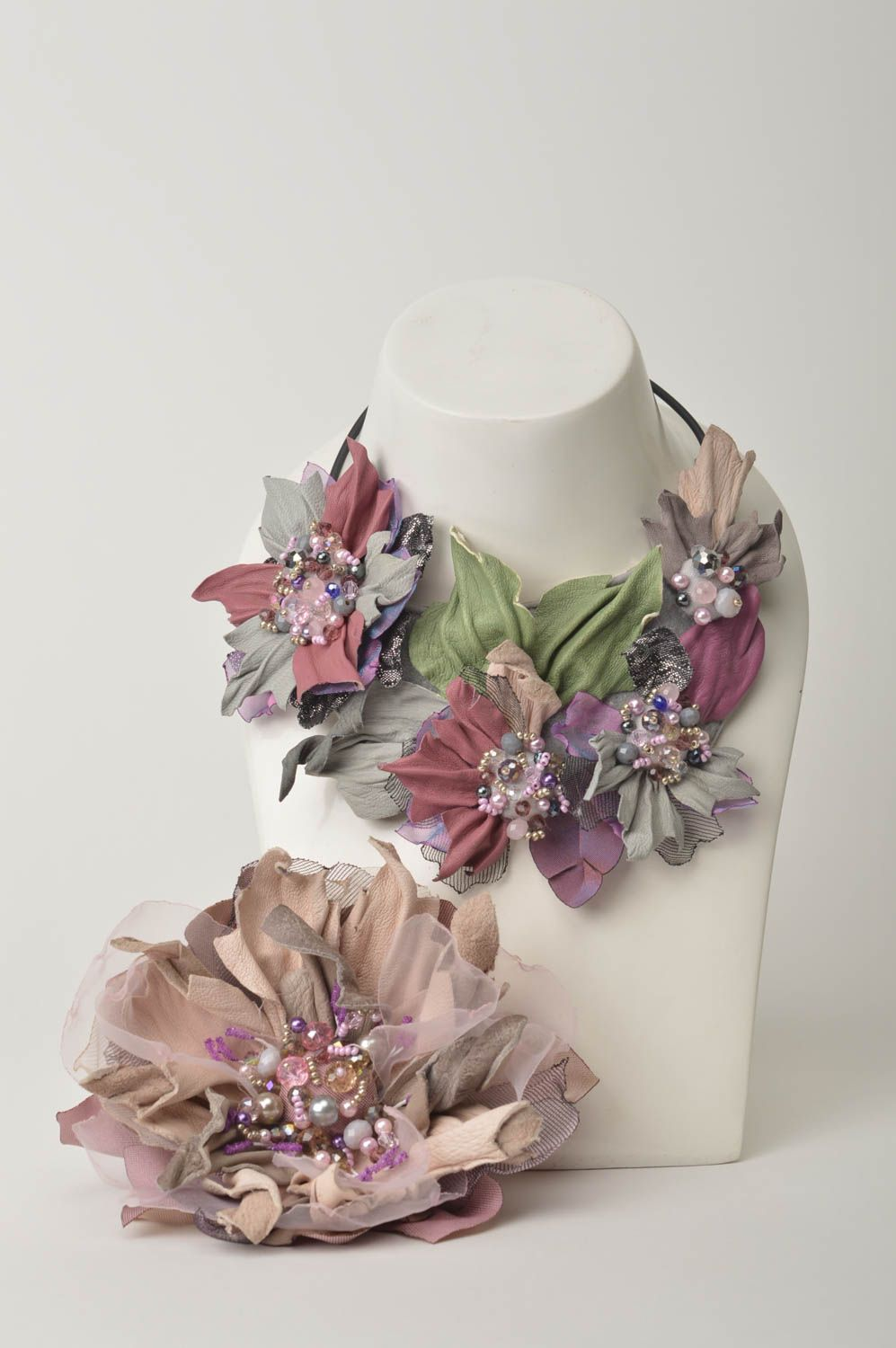 Madeheart Beautiful Handmade Leather Flower Necklace Brooch