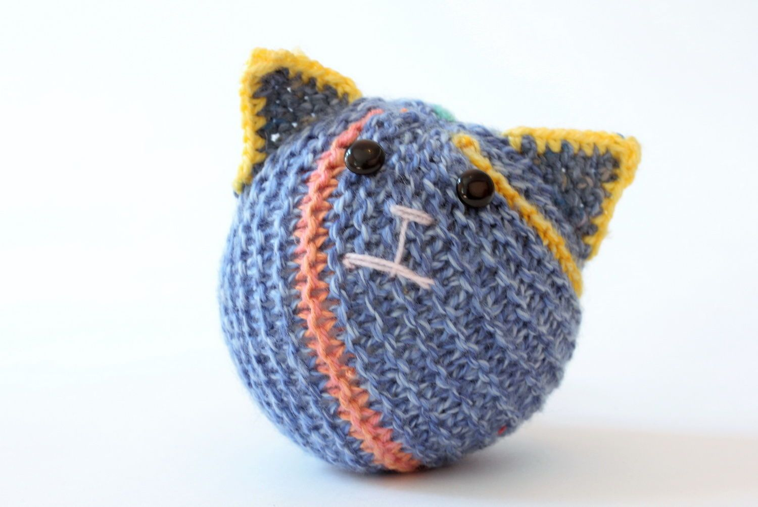 Hand knitted toy Cat ball  photo 1
