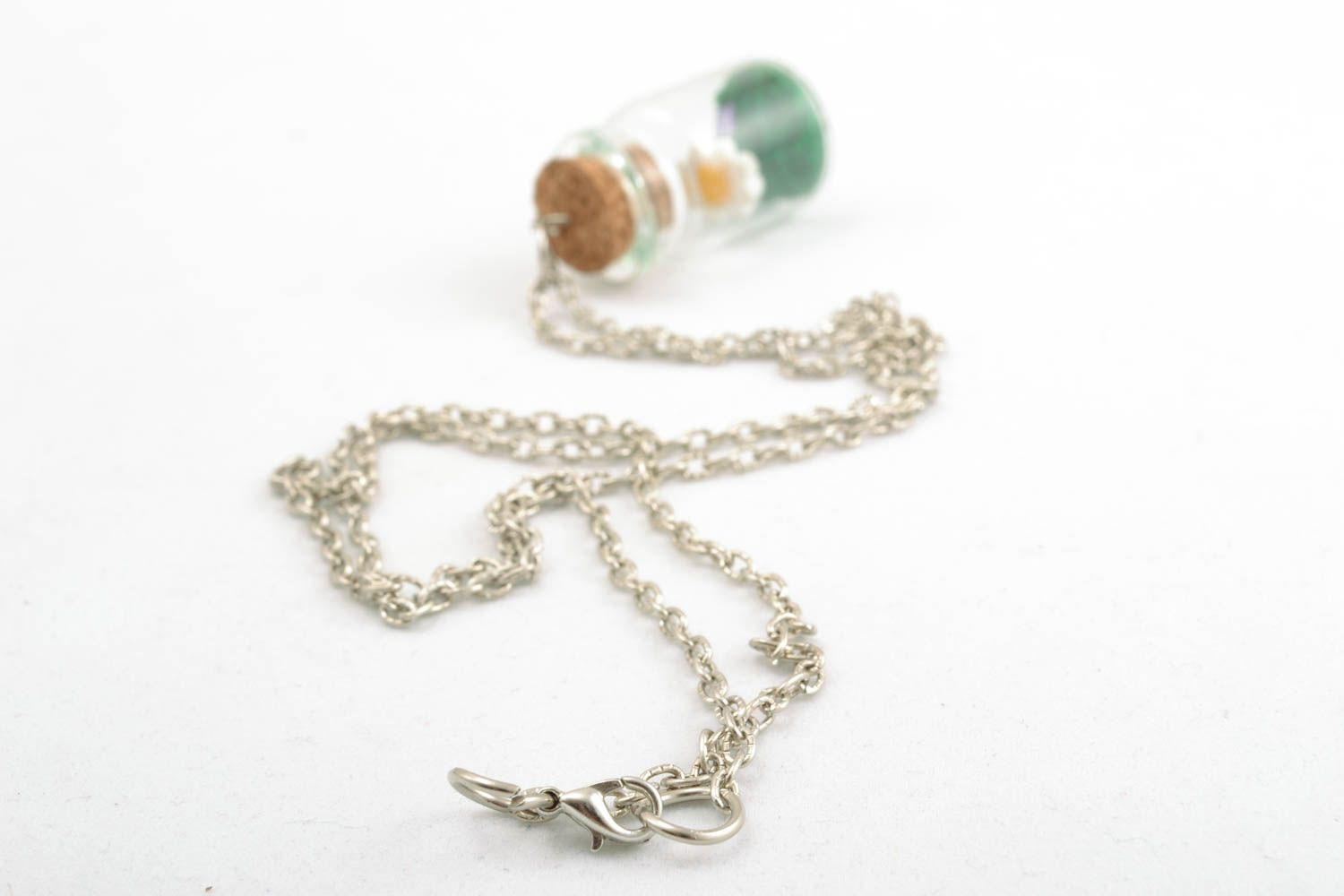 Pendant with a long chain photo 4