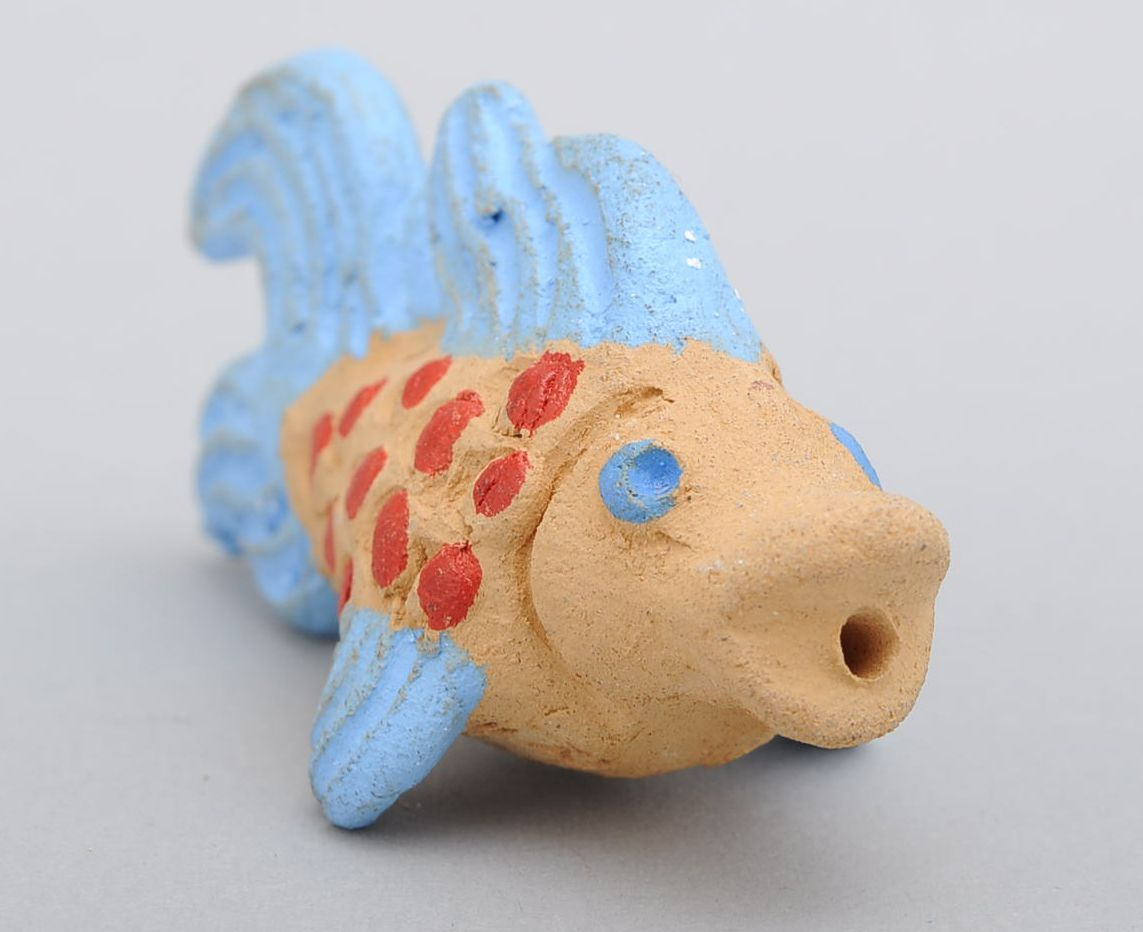 Clay penny whistle Fish photo 1
