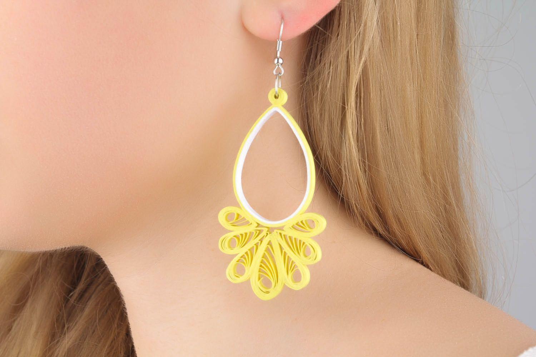 Long paper dangle earrings photo 1
