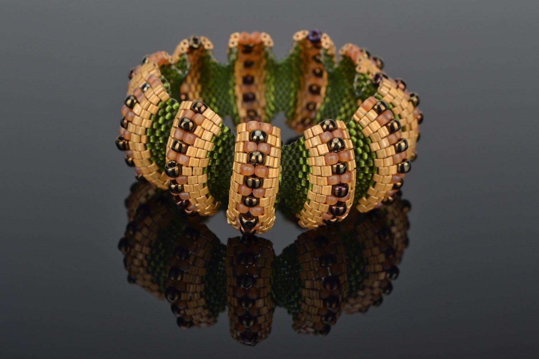 Relief beaded bracelet photo 1